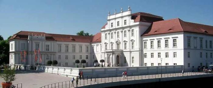 Schloss_Oranienburg_2
